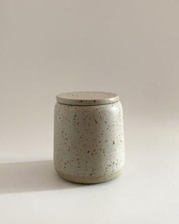 jarre en grès pyrité